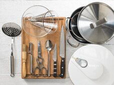 Kitchen utensils for preparing tongue