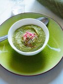 Pea soup with mixed sprouts (Italy)
