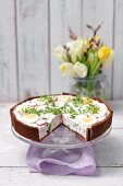 Spicy fresh cheese pie with pumpernickel, radish, egg and cress