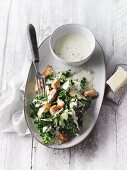 Ceasar salad with kale, chicken breast and apple (Sirtfood)