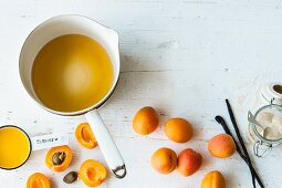 Ingredients for sweet apricot sauce