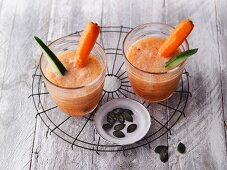 Fruity vegetable smoothies