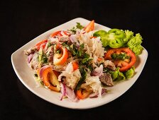 Rice noodles with beef and vegetables (Thailand)