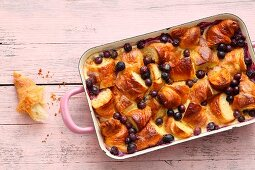 Quick and easy blueberry and croissant cake
