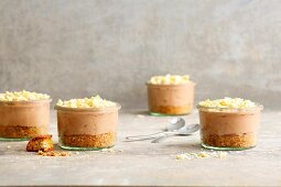 Cantuccini cheesecakes with hazelnut and nougat cream