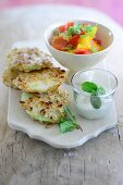 Kohlrabi slices with colourful peppers and peppermint yoghurt