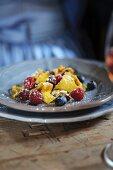 Kaiserschmarren con frutti di bosco (pancakes with berries, South Tyrol)