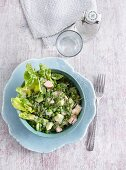 Romaine lettuce with peas, avocado and turkey breast - 'Mr. Round & Mrs. Healthy '
