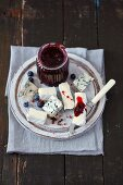 Blueberry jam with carnation and red pepper cheese