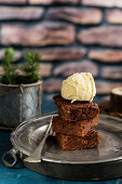 Gluten-free brownies with vanilla ice cream for Christmas