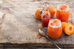 Tomato and apricot freshers