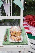 Traditioneller Früchtekuchen zu Weihnachten