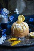 Lemon and turmeric cake with icing (vegan)