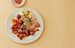 Balsamico-Aprikosen mit gegrilltem Kotelett