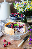Parisien flan (baked custard cake) with berries