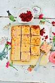 Sour cream cake with redcurrants from Lower Saxony
