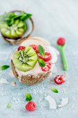 Coconut ice cream with fruits