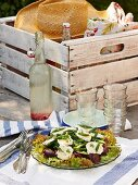 Mixed leaf salad with thyme dressing and goat's cheese