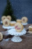Weihnachtliche Spekulatius-Macarons