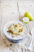 Porridge with pears and nuts