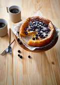 White chocolate cake with blueberries