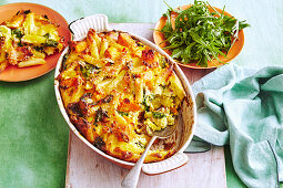 Bacon and spinach pasta bake