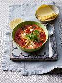 Tomaten-Tortilla-Suppe
