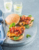 Chicken burgers with relish
