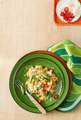 Quick tuna risotto with peas and chili