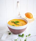 Pumpkin and orange soup with ginger (low carb)