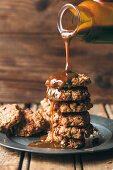 Oatmeal cookies with miso caramel