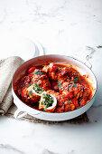 Griechische Hähnchenrouladen gefüllt mit Spinat und Reis