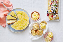 Three kind of lemon curd baking