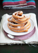 Cattas (deep-fried yeast dough rings, Italy)