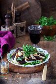 Salad with baked beetroot, rocket and homemade soft cheese