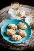Almond Pastini