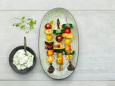 Vegetable halloumi skewers with tzatziki (low carb)