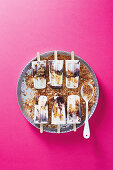Tiramisu frozen yogurt on sticks
