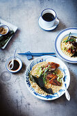 Quick brown rice duck Congee (China)