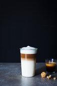 Latte macchiato and espresso