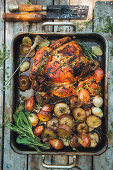 Lemon chicken with roasted apples