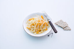 Fennel salad with oranges and sliced cheese