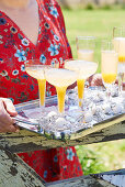 Apricot bellinis