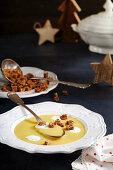 Potato soup with wholegrain croutons and sour cream (Christmas)