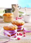 Mini quark and banana muffins baked in jars for Easter