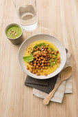 Polenta with spinach pesto and fried chilli chickpeas