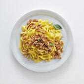 Troccoli al ragù bianco con salvia e Marsala (pasta with veal, sage and marsala, Italy)