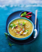 Sweet potato and chicken curry soup
