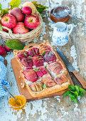 Apple pie with quark, honey and cinnamon