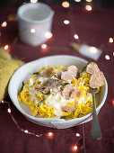 Tagliolini with fontina sauce and white truffles